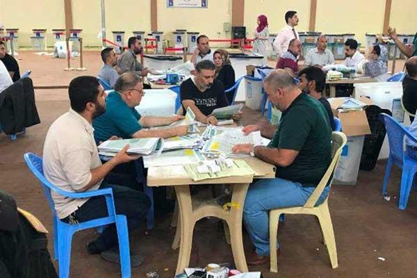 العد والفرز اليدوي لاصوات الناخبين في العراق