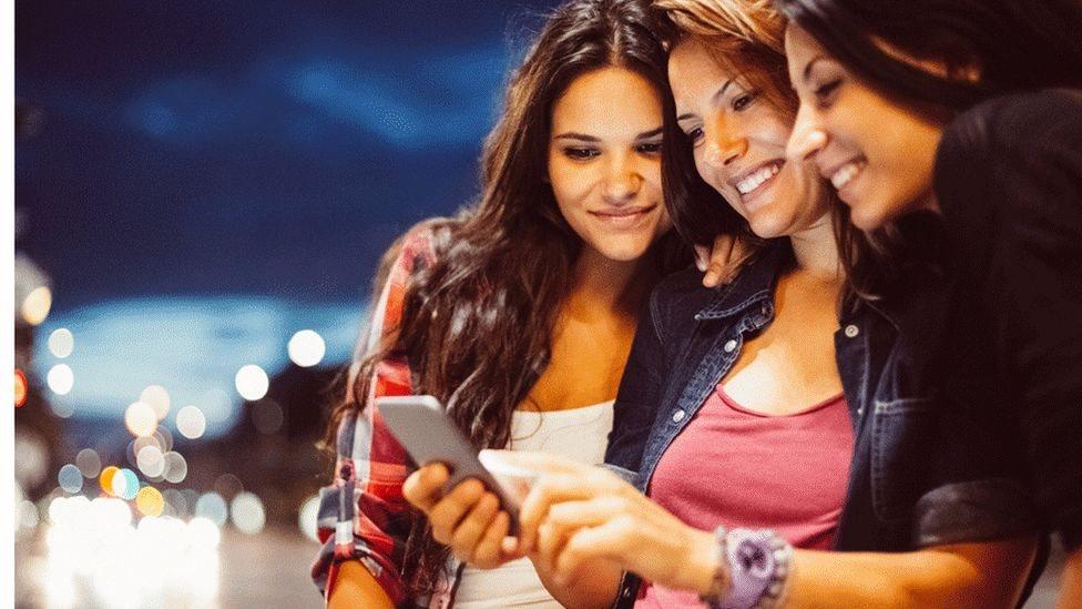 أشارت الدراسة إلى أن نحو 31 في المئة من الفتيات، اللائي تتراوح أعمارهن بين 13 إلى 17 عاما، يتعرضن للتحرش الجنسي