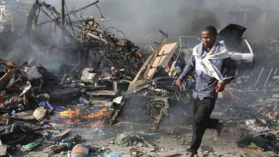 قوة الانفجار أدت لانهيار فندق سفاري بالكامل وتوقعات بارتفاع أعداد الضحايا