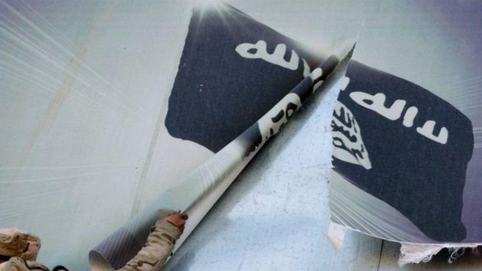 فقد تنظيم الدولة الإسلامية معظم المساحات التي كان يسيطر عليها في سوريا والعراق