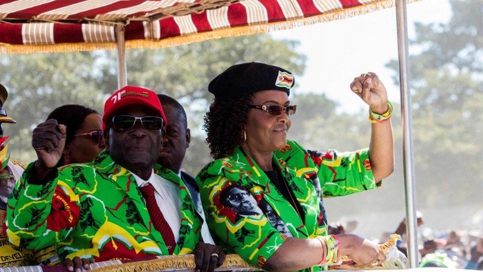 راجت اشاعات أن موغابي كان ينوي ترك السلطة لزوجته