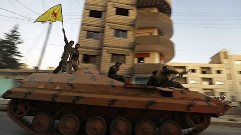 وحدات حماية الشعب الكردي كان لها دور رئيسي في طرد تنظيم الدولة من الرقة ومعاقل أخرى