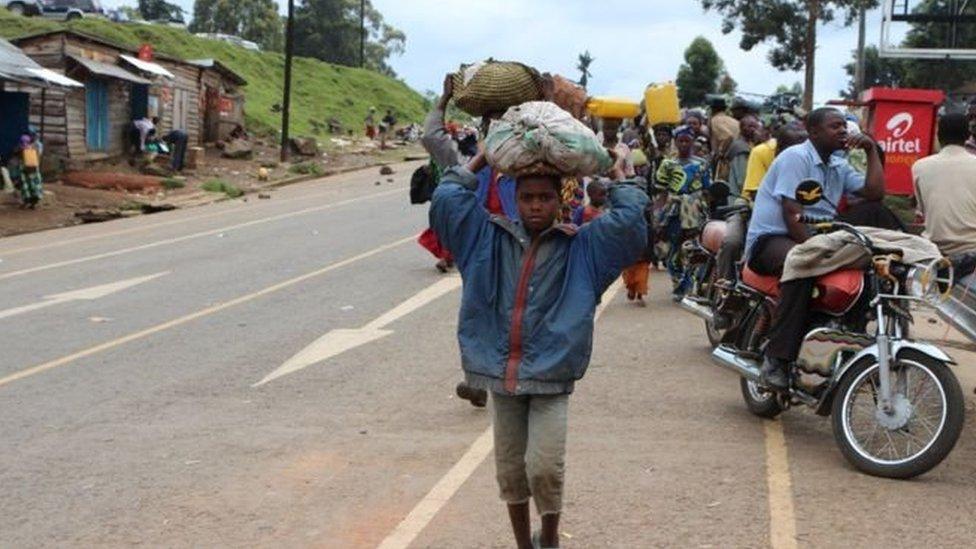 تقول وكالات الإغاثة إن أكثر من 7 ملايين شخص يواجهون صعوبة في توفير الغذاء