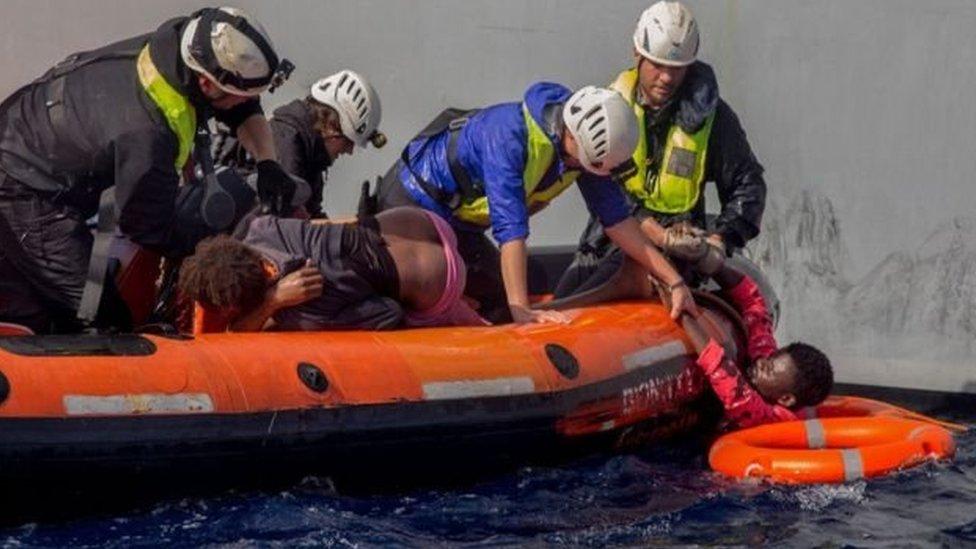 غرق حوالي 3 آلاف لاجئ في البحر المتوسط عام 2017
