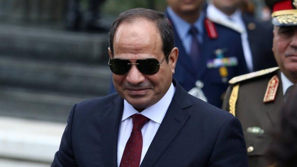 السيسي يدخل الانتخابات الرئاسية أمام منافس مغمور