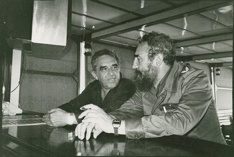 لقطة تجمع غارسيّا ماركيز وفيدل كاسترو تنشر لأول مرة