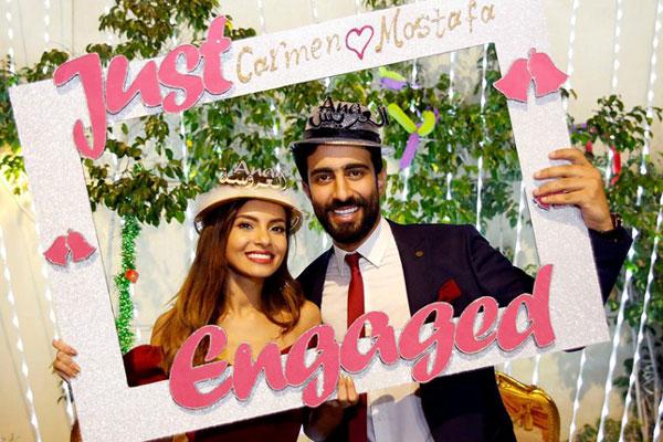 العروسان كارمن ومصطفى