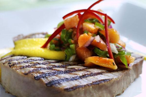 ستيك سمك التونة