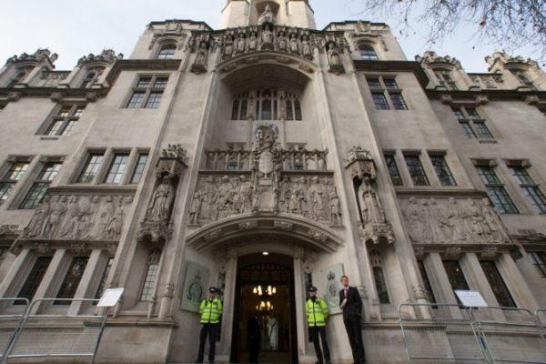 محكمة بريطانيا