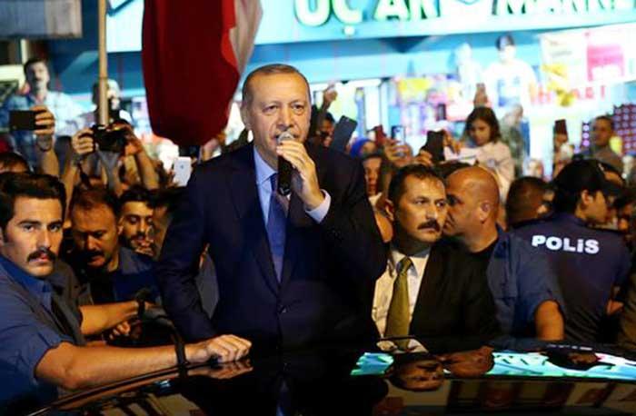 اردوغان متحدثا في مسقط رأسه يوم الخميس
