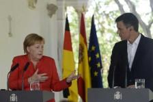 المستشارة الألمانية أنغيلا ميركل في مؤتمر صحافي في إسبانيا في الحادي عشر من أغسطس 2018 مع رئيس الحكومة الإسبانية بدرو سانشيز