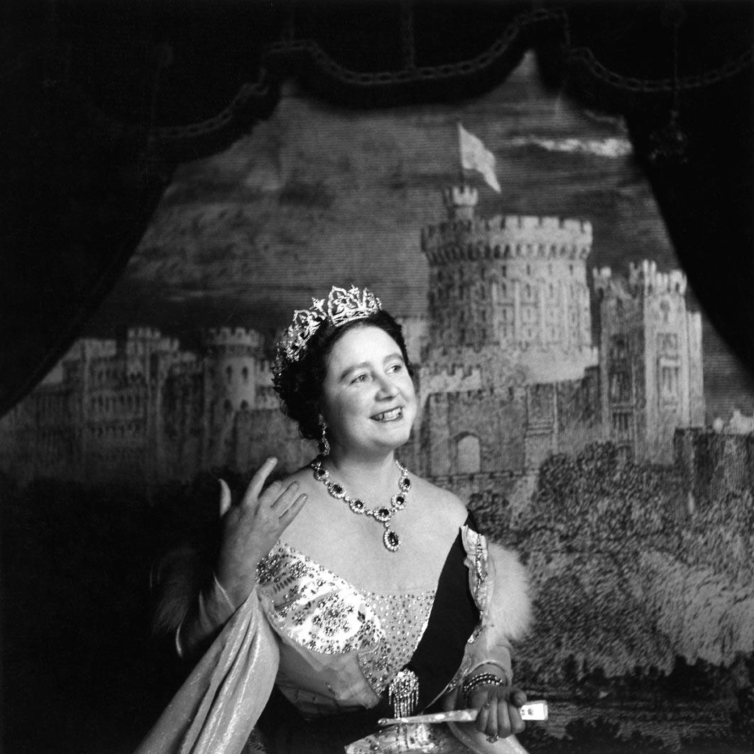الملكة إليزابيث الأم