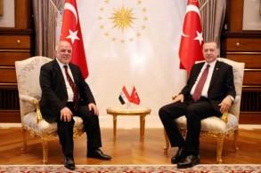 العبادي وأردوغان خلال لقاء سابق في أنقرة