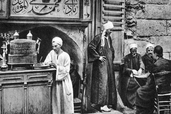 مشروب القهوة كان ممنوعًا في بدايات اكتشافه إسلاميًا ثم مسيحيًا
