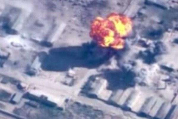 قصف جوي لطائرات داعش قرب الموصل