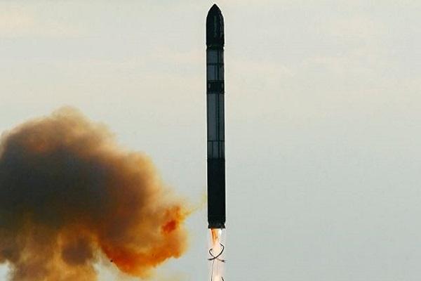 صاروخ ار اس 28 قادر على قهر اي دفاعات