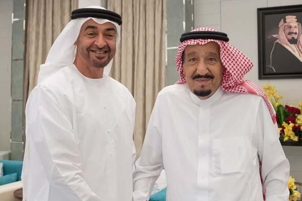 خادم الحرمين الشريفين مع الشيخ محمد بن زايد آل نهيان