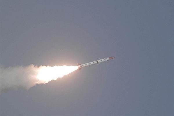 السعودية تعترض صاروخا باليستيا قادما من اليمن