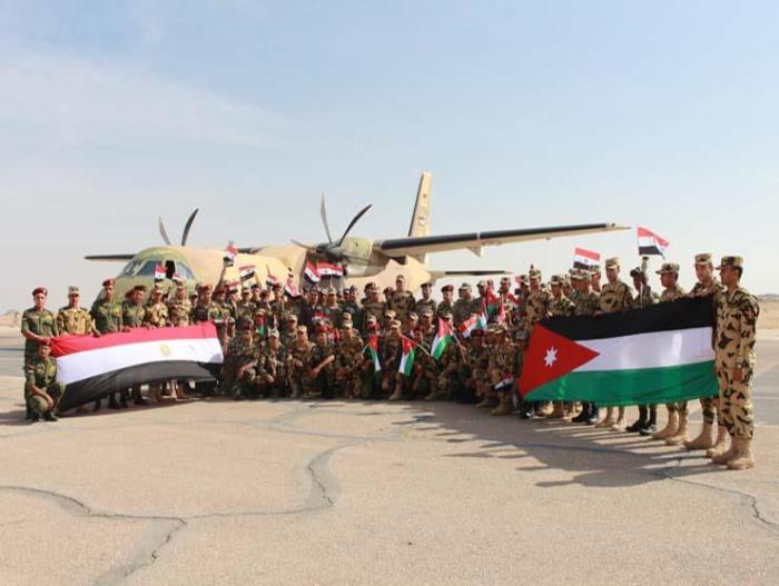 قوة مصرية في استقبال نظيرتها الأردنية
