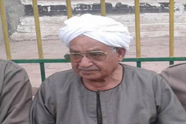 الحاج إبراهيم أقرض حاكم الشارقة 300 جنيه