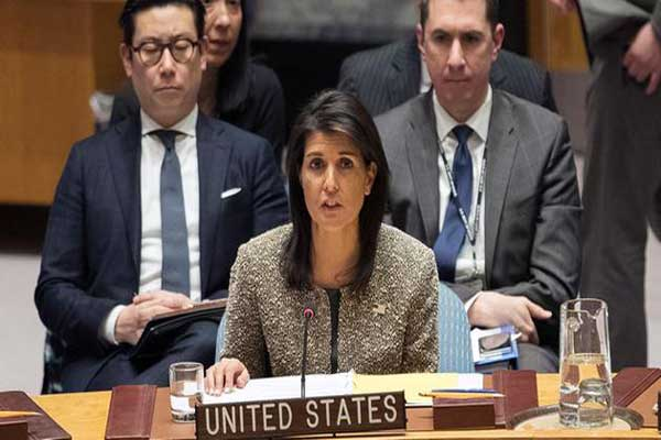 نيكي هايلي خلال إلقائها كلمتها في مجلس الأمن اليوم