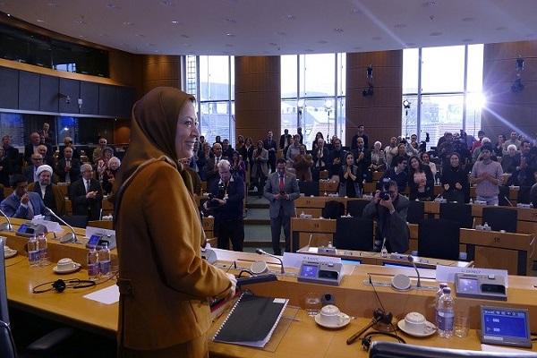 رجوي تلقي كلمتها في مؤتمر الاتحاد الاوروبي عن ايران