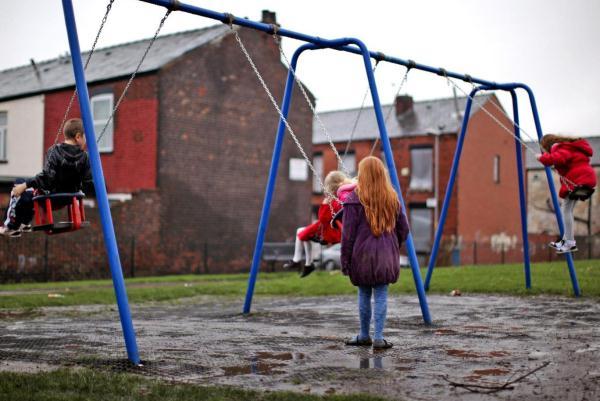 مخاوف كبيرة بشأن التمييز البنيوي في بريطانيا
