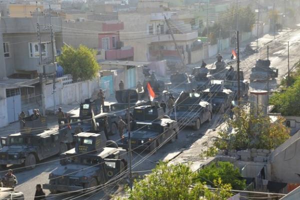 قوات عراقية في أحد أحياء الموصل المحررة