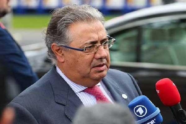 وزير الداخلية الإسباني خوان إيناسيو زويدو