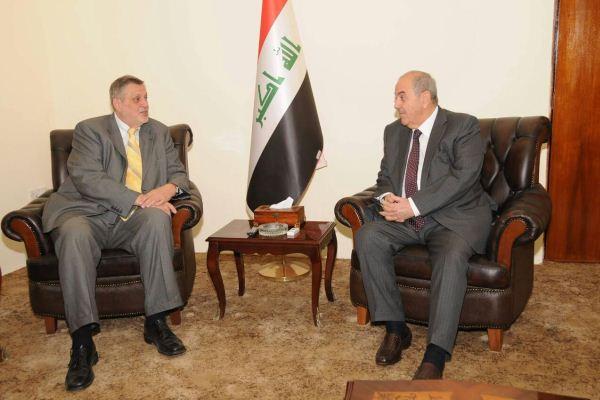 علاوي يبحث الانتخابات العراقية مع كوبيش