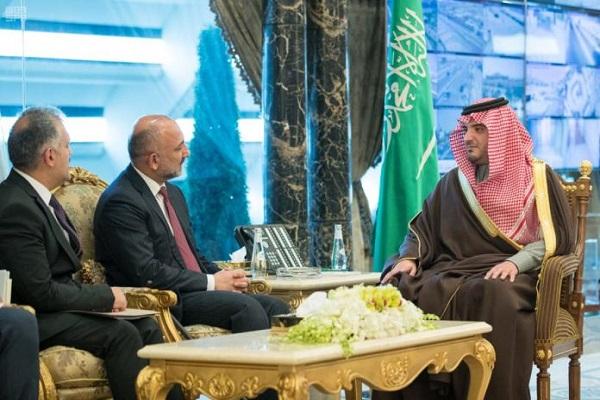 وزير الداخلية السعودي خلال استقباله مستشار الأمن الوطني الأفغاني