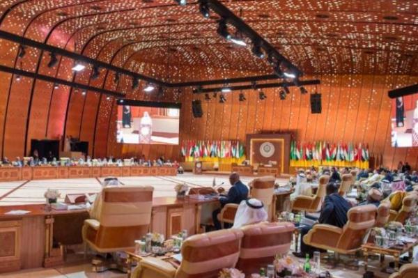 جانب من الجلسة الافتتاحية لأعمال القمة العربية