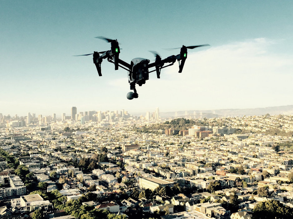 التصوير الفوتوغرافي الجوي صار أكثر سهولة مع الطائرات المسيّرة