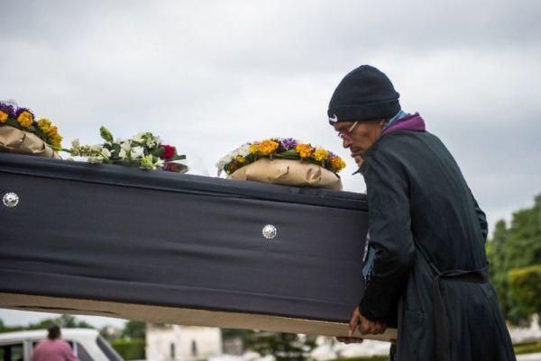 طرق جديدة لإضفاء إثارة على الدفن التقليدي في المستقبل