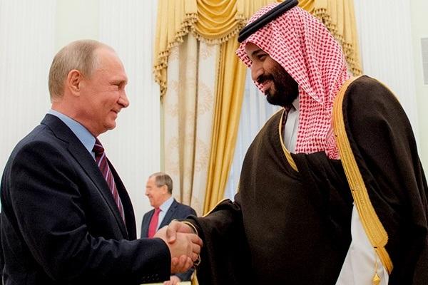 بوتين مستقبلا الامي محمد بن سلمان (أرشيف)