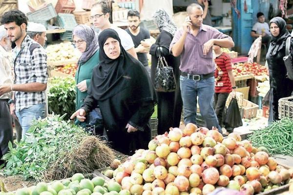 غلاء الأسعار ينذر بثورة غضب بين المصريين