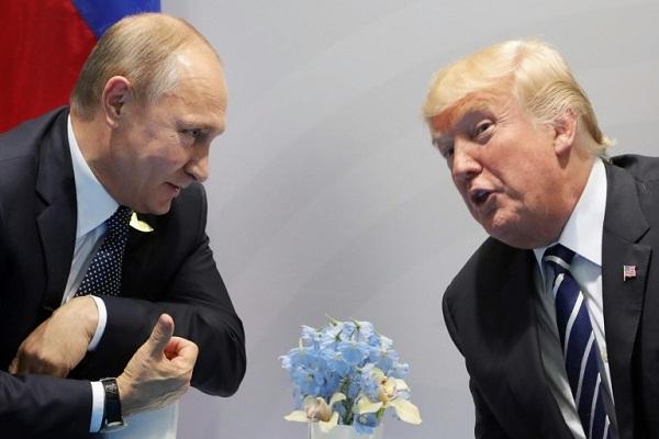 الرئيس الأميركي دونالد ترمب ونظيره الروسي فلاديمير بوتين