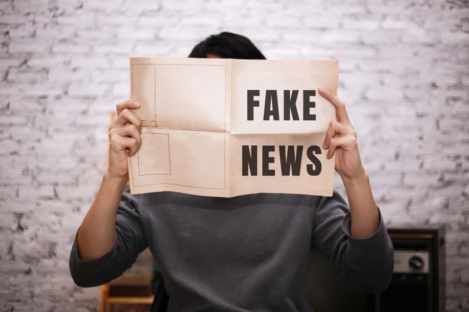 الإشاعات عادة ما تنتشر بشكل أسرع من الأخبار الموثوقة