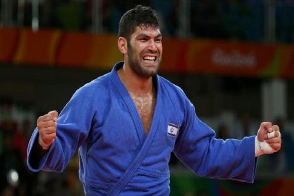 لاعب الجودو الإسرائيلي، أوري ساسون، الحائز على ميدالية برونزية في أولمبياد ريو