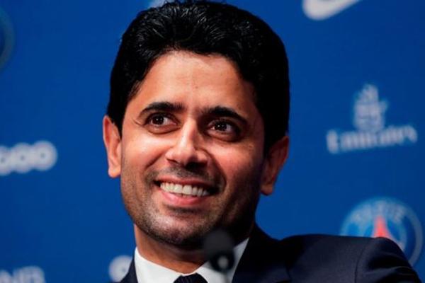 يرأس القطري ناصر الخليفي نادي باريس سان جيرمان الفرنسي منذ 2011