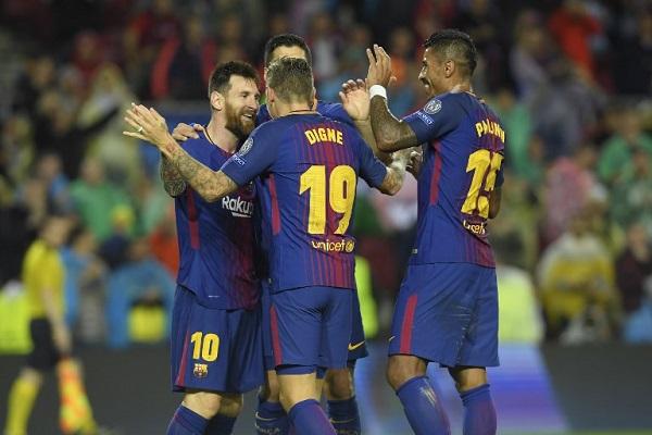 برشلونة يقترب من ثمن النهائي
