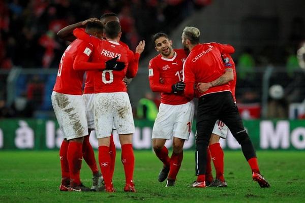 سويسرا إلى نهائيات كأس العالم على حساب إيرلندا الشمالية