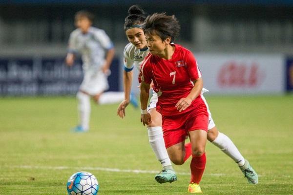 جائزة أفضل لاعبة شابة: سون هيانغ-سيم