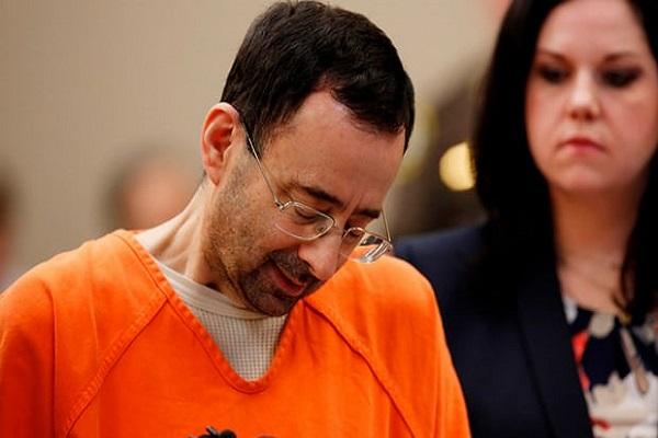 الحكم على الطبيب السابق للمنتخب الأميركي للجمباز بالسجن 60 عاما