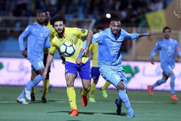 النصر يهدر فرصة انتزاع الصدارة في الدوري السعودي