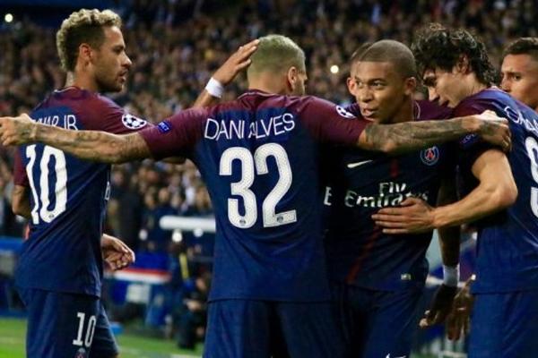 يسعى باريس سان جرمان للنهوض من كبوته محليا واوروبيا عندما يستضيف ليل على ملعب بارك دي برانس