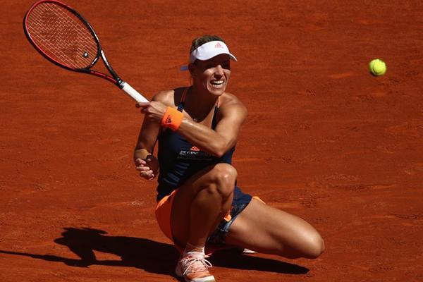 تخطت الالمانية انجليك كيربر المصنفة اولى بصعوبة الدور الثاني من دورة مدريد