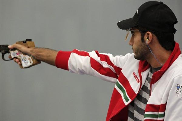 احرز الرامي العماني اسماعيل العبري فضية مسابقة المسدس لمسافة 50 مترا