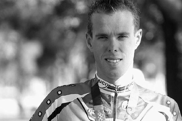 نعت اللجنة الأولمبية الأسترالية النجم السابق في سباقات الدراجات الهوائية ستيفن وولدريدج الذي توفي عن 39 عاما