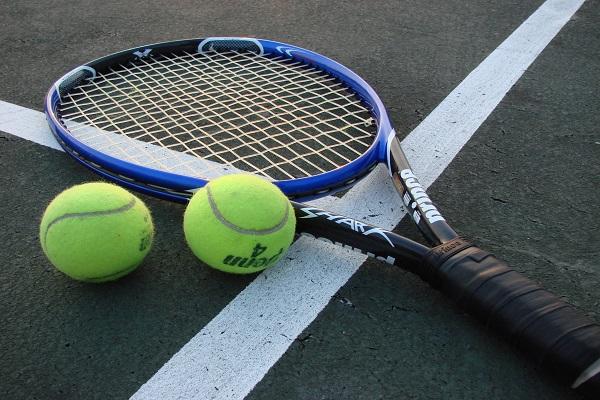 الشرطة البلجيكية توقف 13 شخصا في تحقيق بتلاعب بمباريات تنس